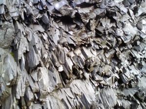 More hanging rocks at Reynisfjara beach