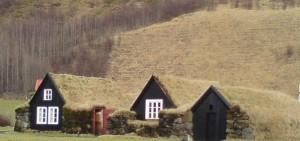 HOUSES AT SKÓGAR