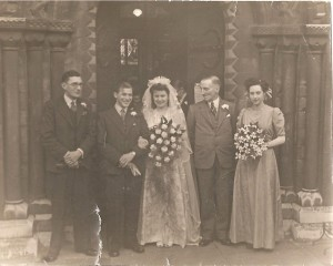 Reuben Elsden, Donald Elsden, Monica Elsden née Matthews, William Reginald Matthews, Daphne Randolph, teh Round Church - Church of the Holy Sepulchre, Cambridge